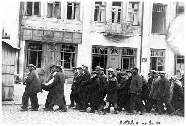 Judíos de Kiev, de camino a la muerte en Babi Yar