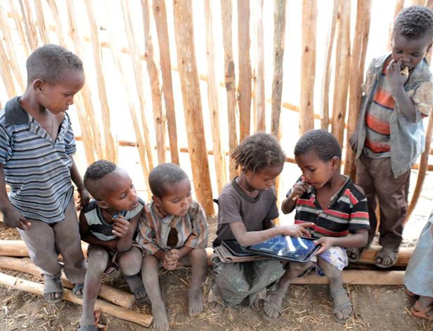 Experimento con iPads en Etiopía de Nicholas Negroponte